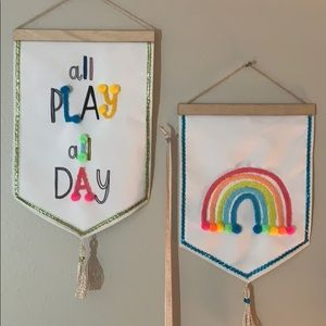 Hanging wall tapestry signs Rainbow Play